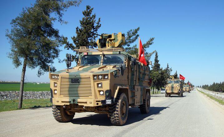 Türkische Truppen in Idlib: Ankara rüstet die islamistischen Rebellen wieder auf