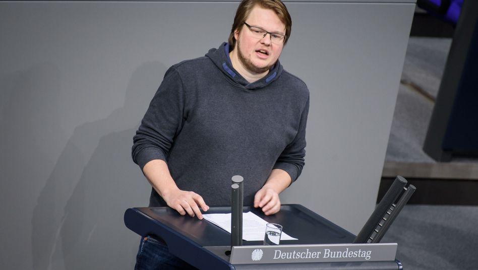 Michel Brandt, Abgeordneter der Linken, wurde von Bundestagspräsident Wolfgang Schäuble (CDU) in seinem Recht auf uneingeschränkte Nutzung seines Büros verletzt
