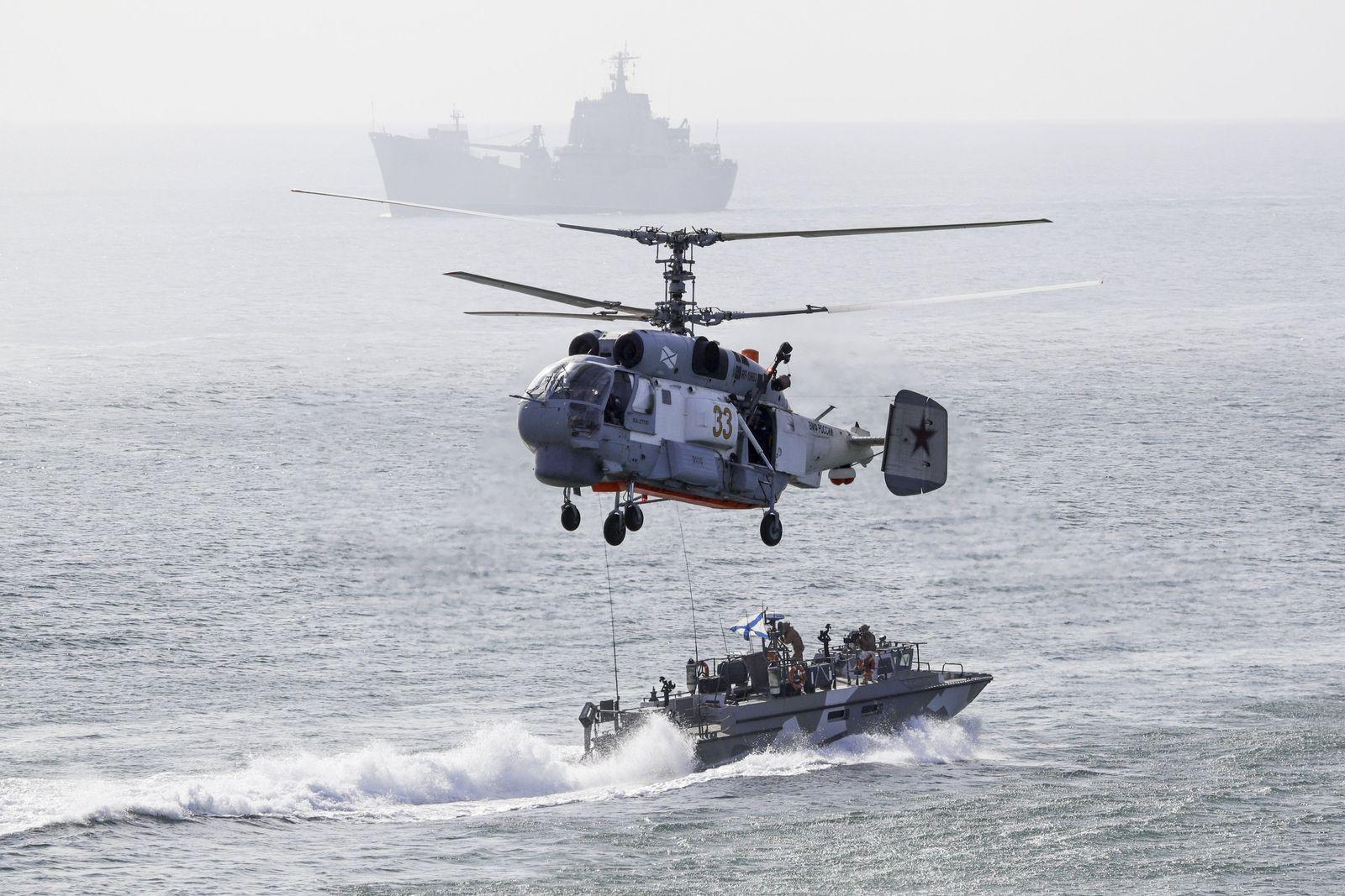 Russland Militärmanöver Krim