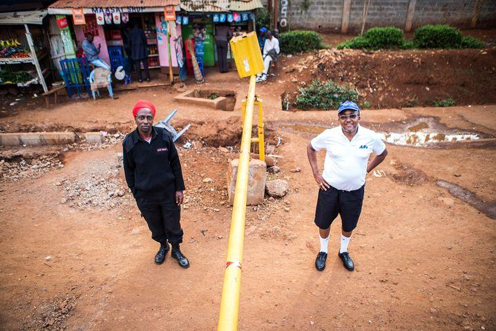 Schranke zum Slum in Nairobi