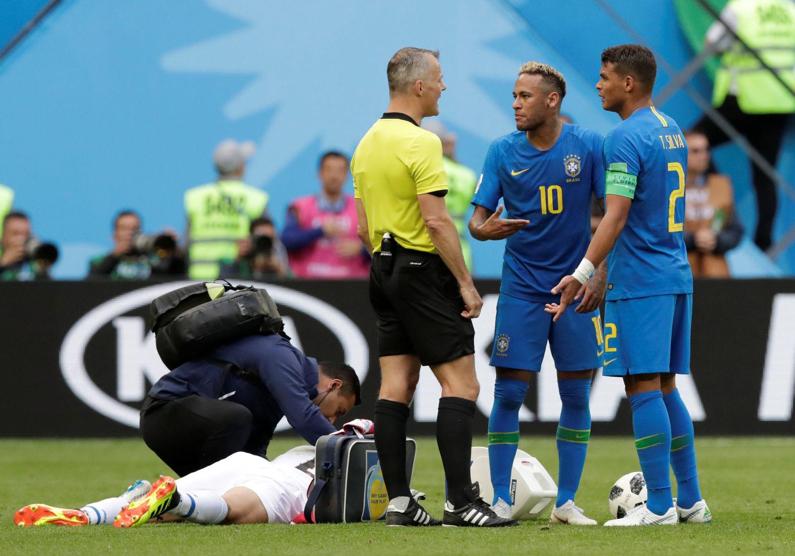 WM/ Fifa/ 2018/ Neymar/ Thiago Silva/ Kuipers