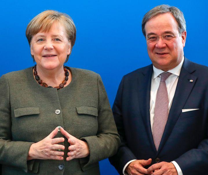 CDU-Politiker Laschet, Merkel: Der Mann aus Düsseldorf möchte Parteichef werden - und die Kanzlerin beerben