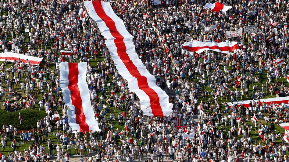 Protestmarsch gegen Lukaschenko in Minsk