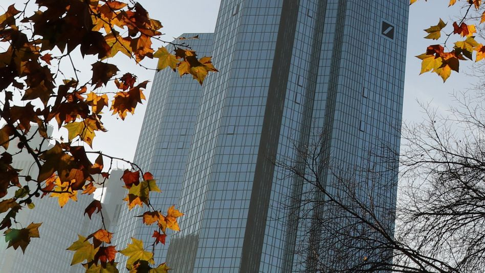 Deutsche-Bank-Türme in Frankfurt: Florierendes Kapitalmarktgeschäft in der Krise