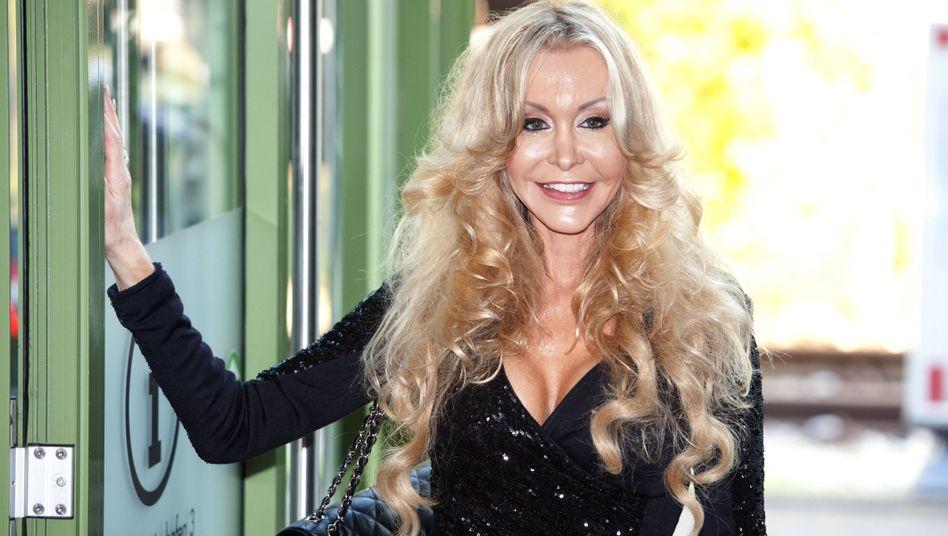 Dolly Buster (Oktober 2014): Erfolg vor Gericht