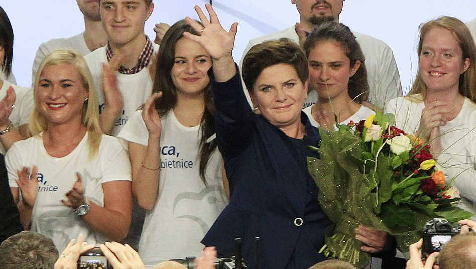 Parlamentswahl in Polen: Nationalkonservative werden stärkste Partei