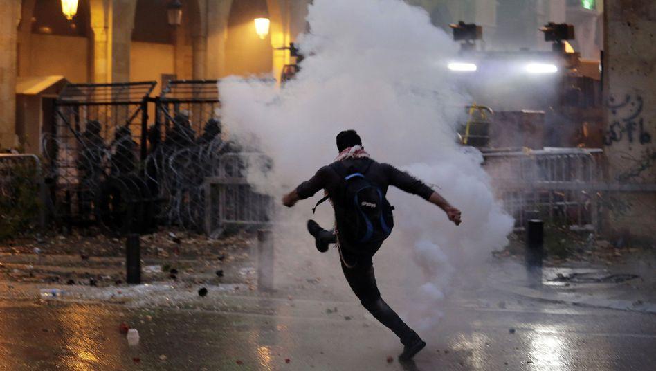 Beirut: 80 Verletzte bei Krawallen zwischen Demonstranten und Sicherheitskräften