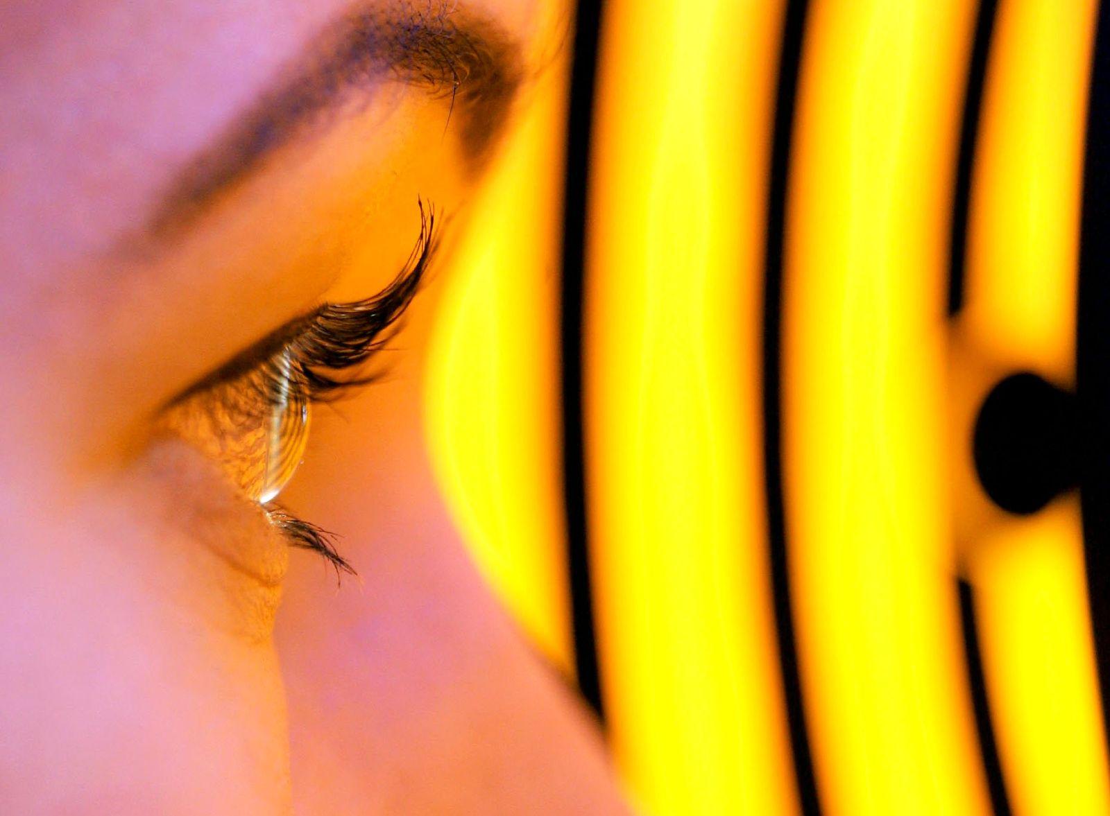 Untersuchung / Augenarzt / Hornhaut