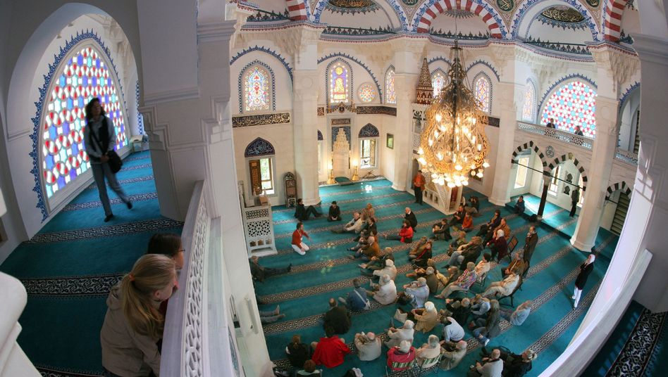 A mosque in Berlin, where Muslims already have the right to miss work for religious holidays. The community is now calling for that right to be federally mandated.