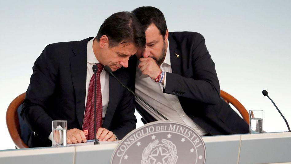 Salvini und Conte: populistisches Duo