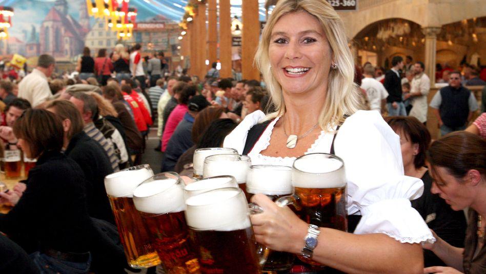 Cannstatter Volksfest auf dem Wasen in Stuttgart(Archivbild)