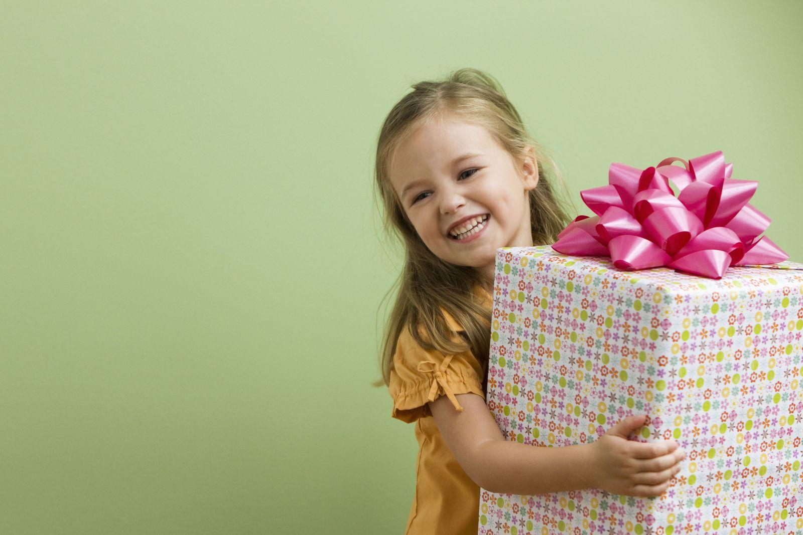 EINMALIGE VERWENDUNG/ Kind/ Geschenk