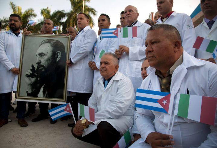 Hilfe aus Havanna: Als Italien mit dem Coronavirus kämpfte, schickte Kuba Ärzte