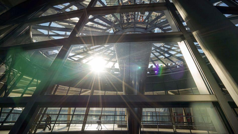 Innenansicht der Reichstagskuppel in Berlin
