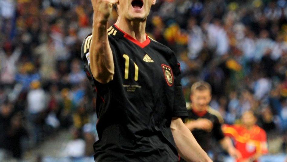 Stürmer Klose: Schafft er es gegen Uruguay an die Spitze?