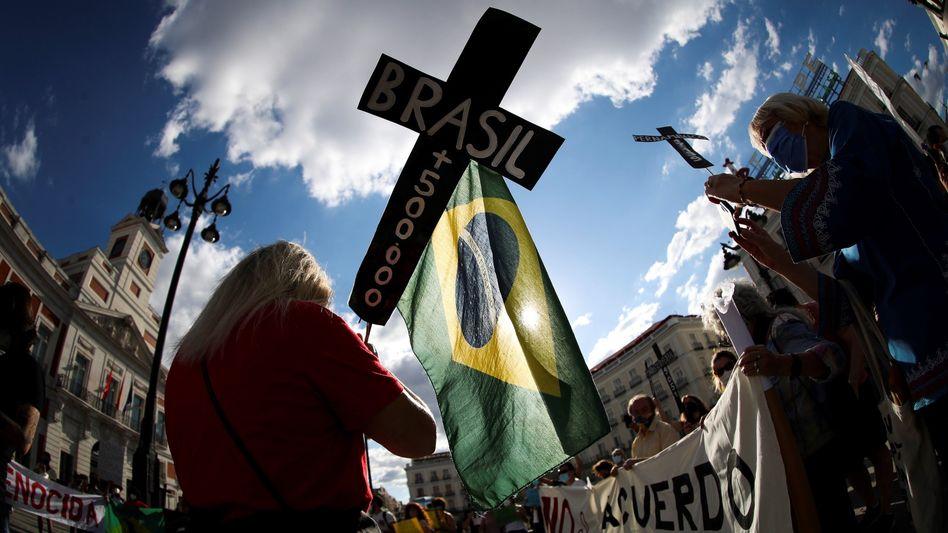 Demonstration gegen Brasiliens Präsidenten Jair Bolsonaro: Angst vor Corona und Sorge um die Demokratie treiben die Brasilianerinnen und Brasilianer auf die Straße