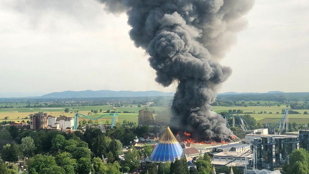 Rust: Freizeitpark in Flammen