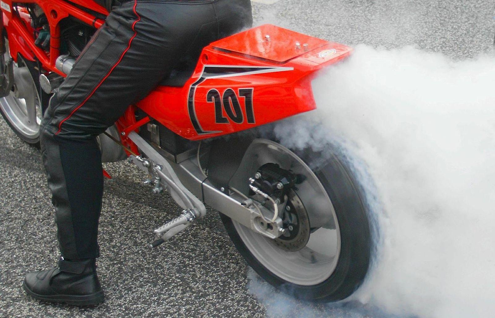 NICHT VERWENDEN Harley-Davidson / Auspuff