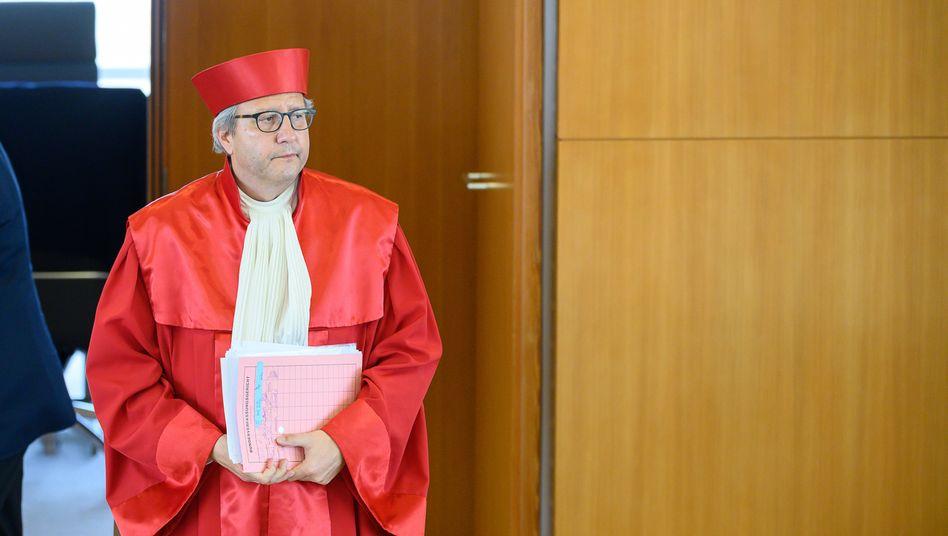 """Verfassungsgerichtspräsident Voßkuhle: """"Auf den ersten Blick irritierend"""""""