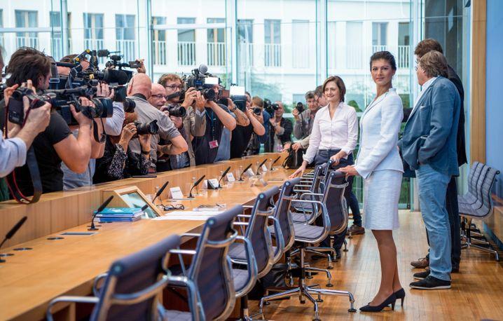 """Wagenknecht stellt 2018 offiziell die Bewegung """"Aufstehen"""" vor"""