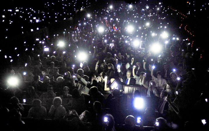Web-Kongress in Bilbao: Online-Riesen erreichen die Masse