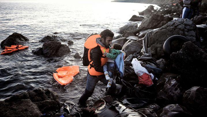 Lage auf Insel Lesbos: Der Kampf der freiwilligen Helfer