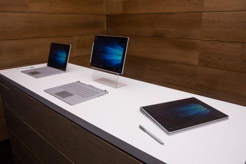 Das Surface Book lässt sich als Notebook, Tablet oder Klapp-Laptop nutzen