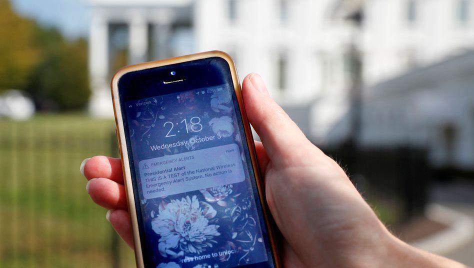 Nachricht auf Smartphonebildschirm