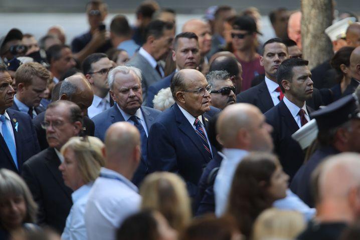 Heroische Aura: Giuliani bei der 9/11-Gedenkfeier im September in New York