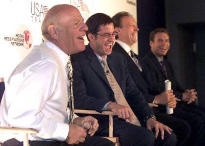 Hier lachen sie noch: Diller neben Rich Barton, dem Gründer von Expedia.com. Inzwischen führt ein anderer das Online-Reisebüro