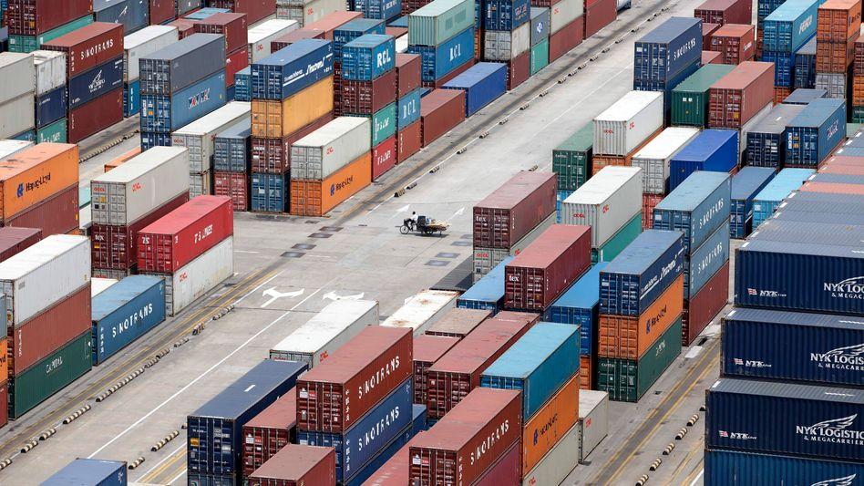 Container im Hafen von Shanghai: Drohung mit Gegenmaßnahmen