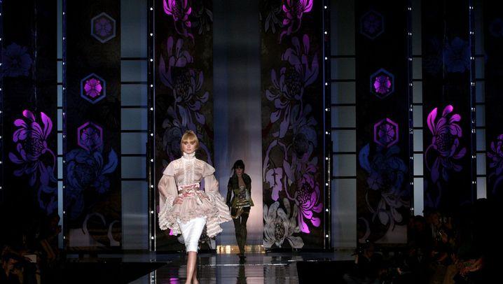 Bling Bling für Glamazonen: Mode von Olivier Rousteing