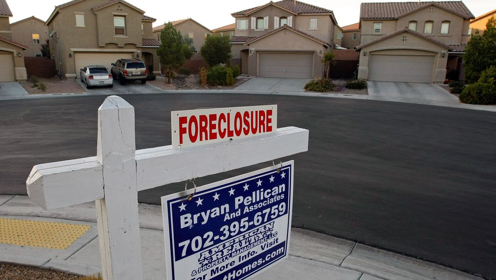 Photo Gallery: 'America's Foreclosure King'