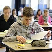 Abiturienten: Prüfungsstress plus Zukunftssorgen