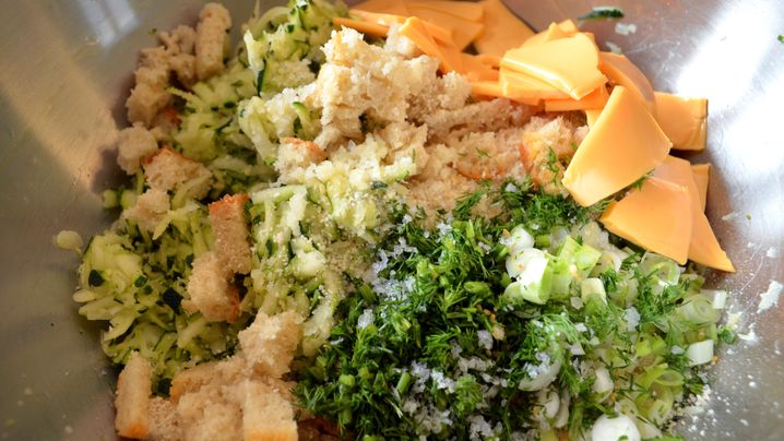 Kochen ohne Kohle – Zucchini-Käse-Nuggets