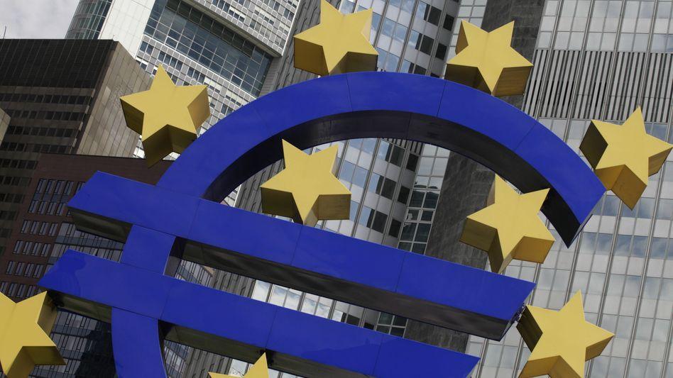Logo der Europaeischen Zentralbank: Hoffnung auf ein kräftiges Wachstum
