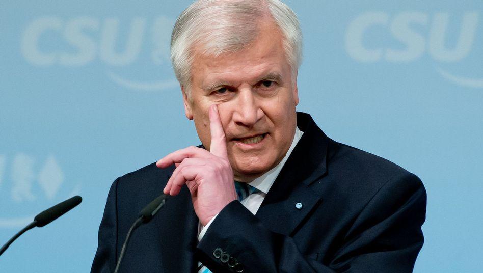 Bayerns Ministerpräsident Seehofer: Regeln für Windräder