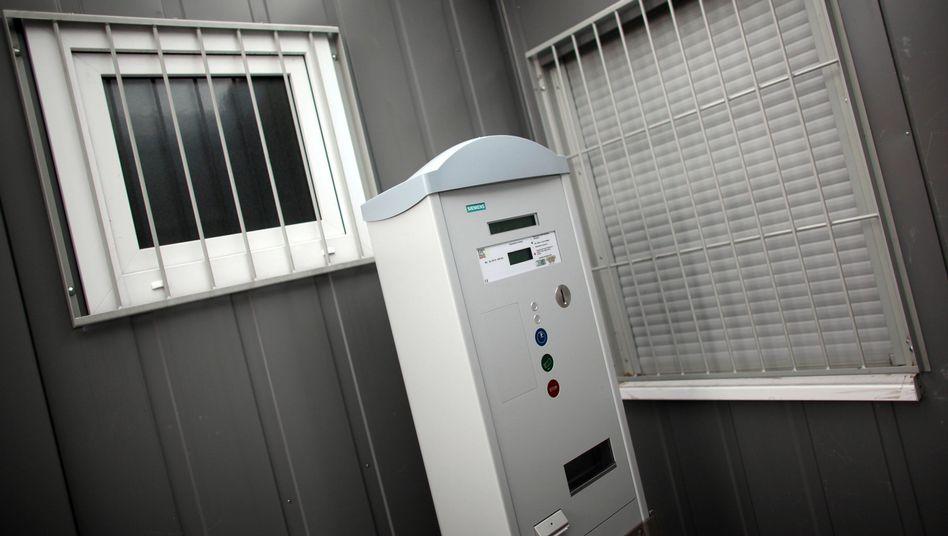 Ticketautomat für Prostituierte in Bonn: Sechs Euro für die Nacht.