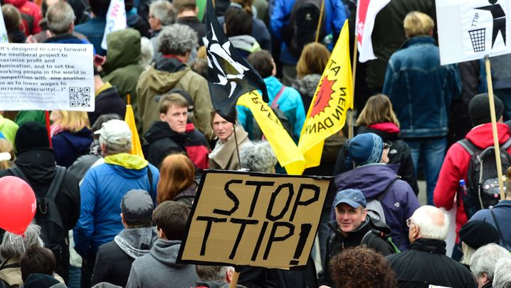 """Demonstration in Hannover: """"Yes we can stop TTIP"""""""