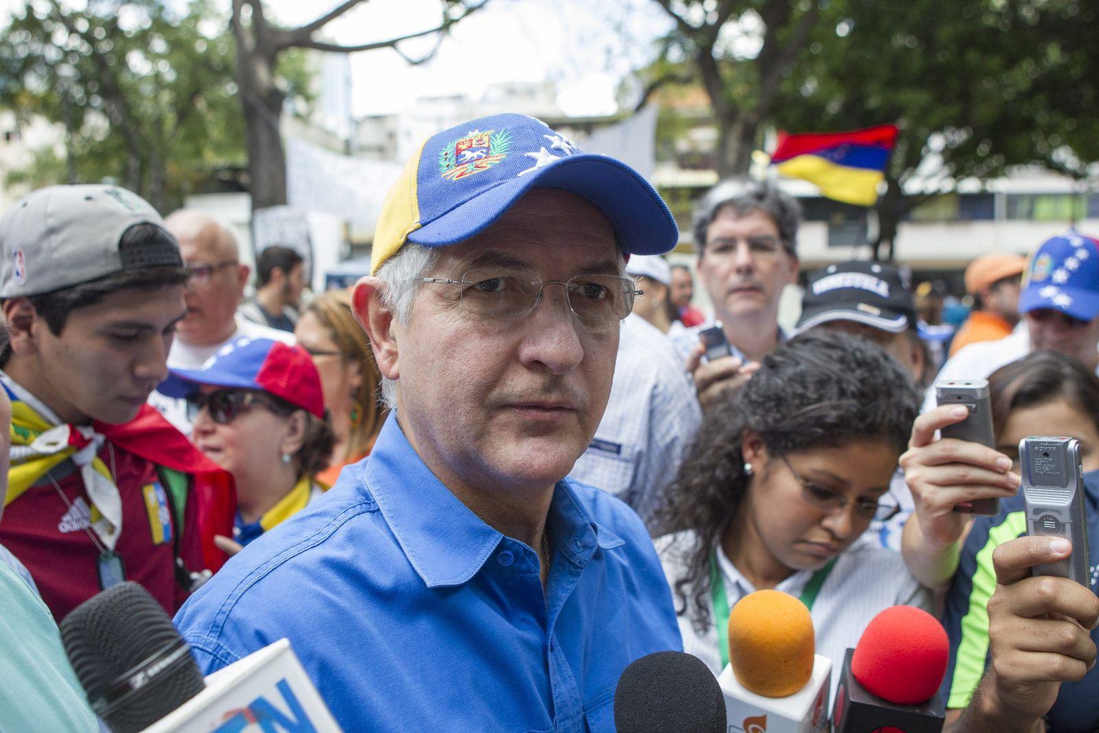 Detention of Caracas mayor Antonio Ledezma
