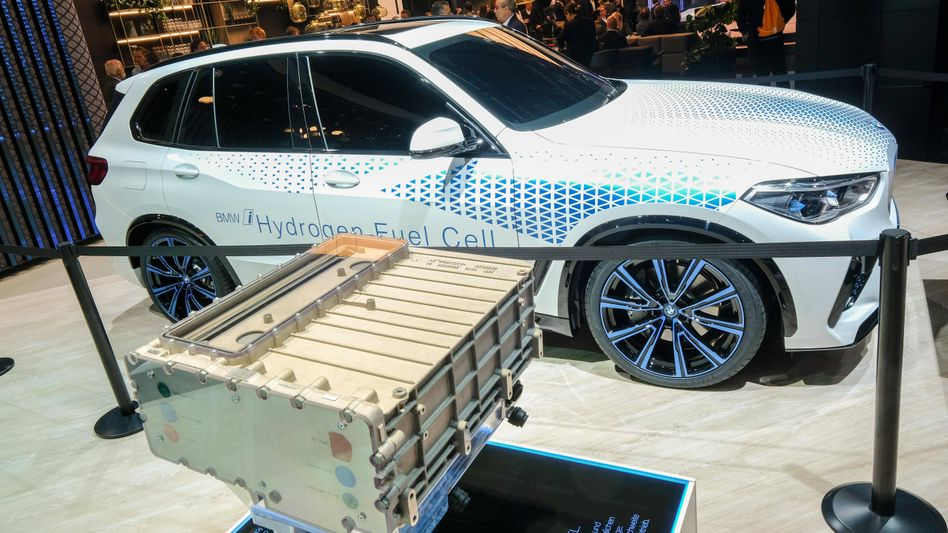 Brennstoffzellen und die von ihnen angetriebenen Fahrzeuge wie hier auf der Internationalen Automobilausstellung im Jahr 2019 könnten bald erschwinglicher werden