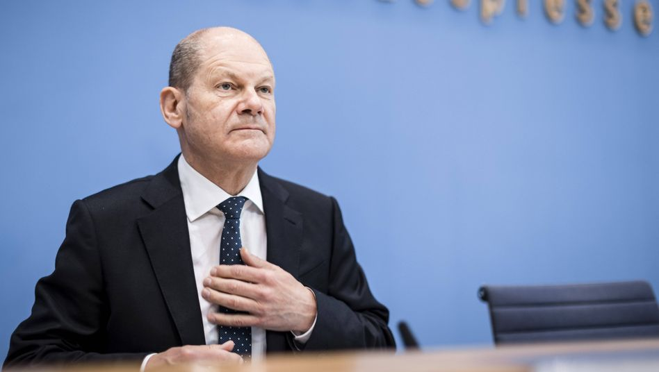 Vizekanzler Olaf Scholz will innereuropäische Billigflüge teurer machen