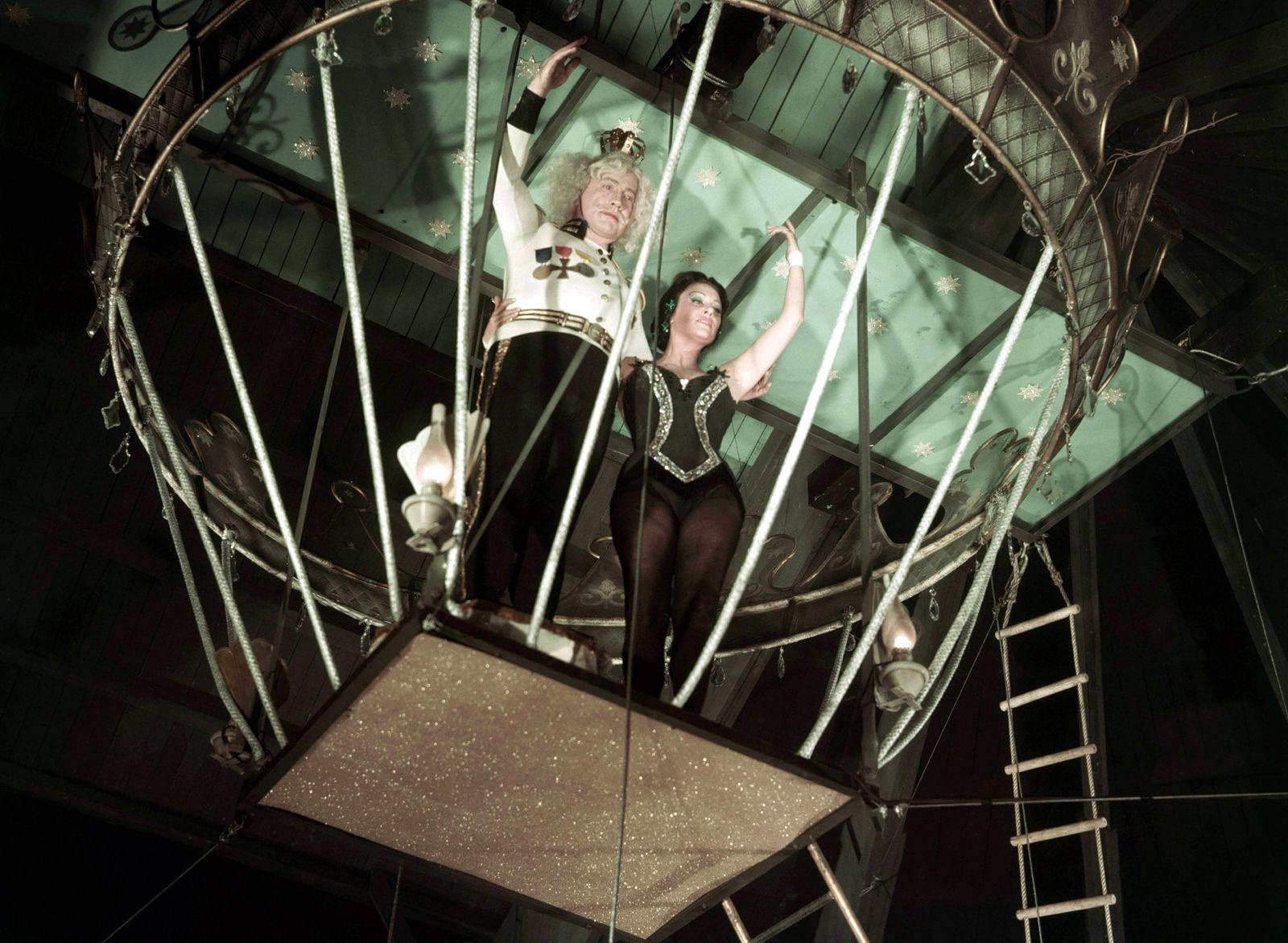 LOLA MONTEZ FRA BRD 1955 Max Ophüls Zirkusszene mit OSKAR WERNER und MARTINE CAROL Lola Montes