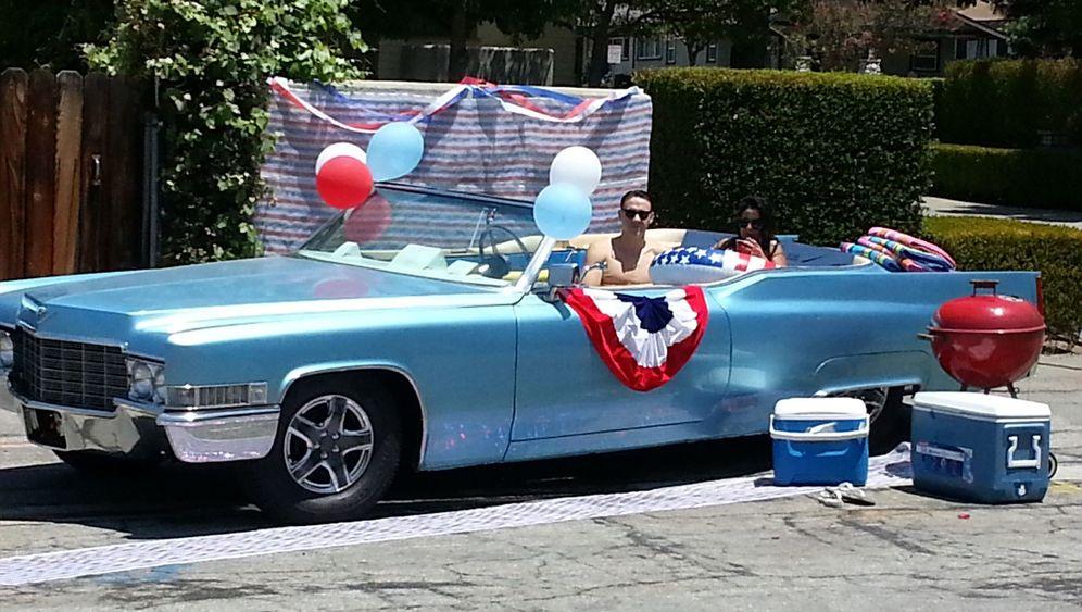 Cadillac als Swimmingpool: Der Vollgas-Jacuzzi