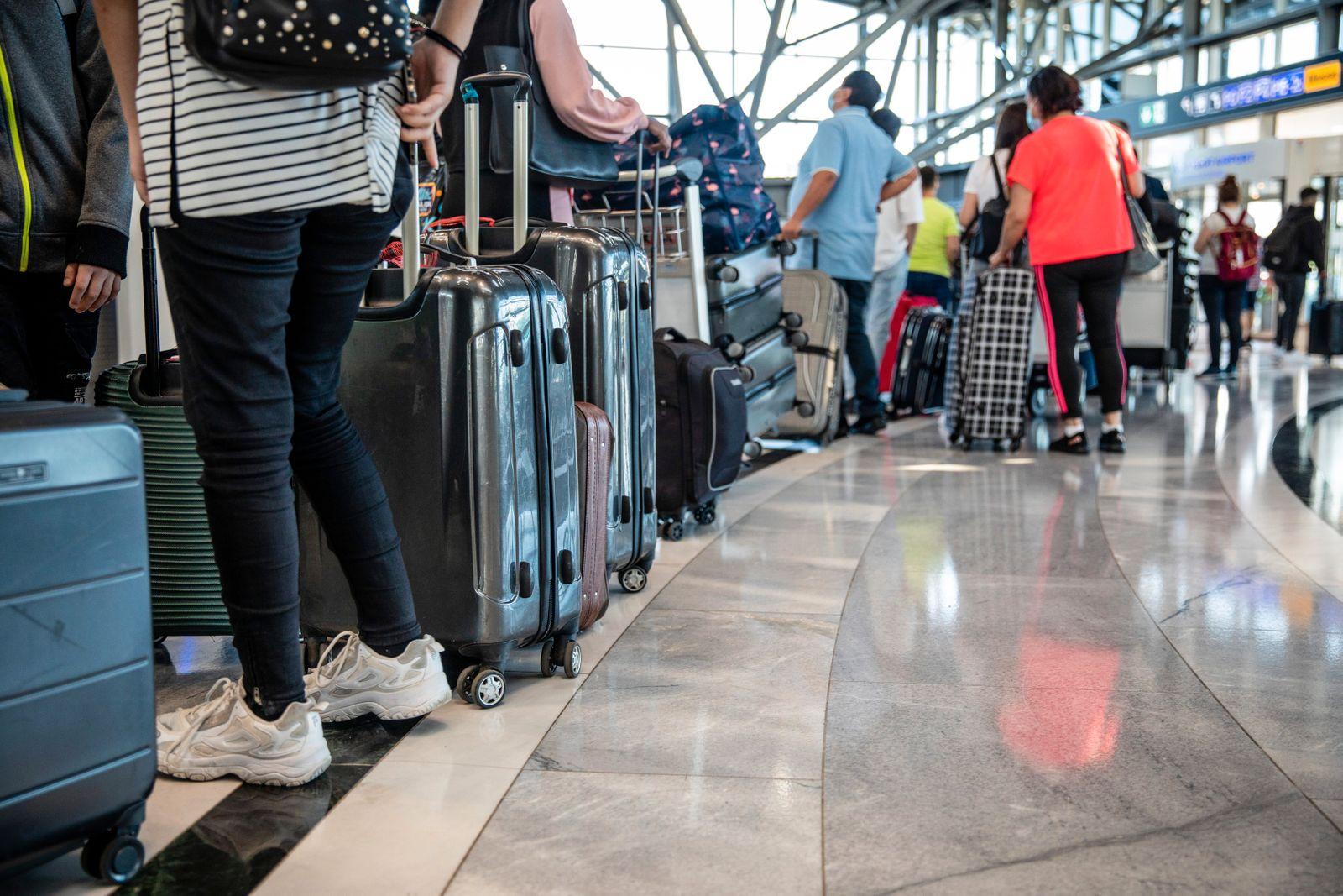 Start der Sommerferien - Flughafen Stuttgart