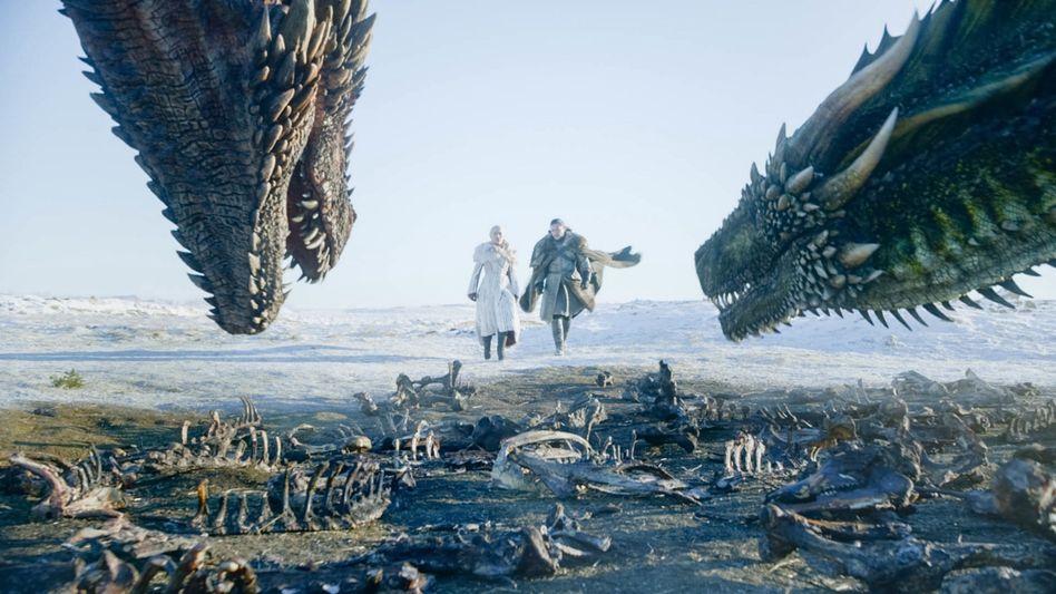 """Game of Thrones"": Emilia Clarke als Daenerys Targaryen und Kit Harington als Jon Snow"