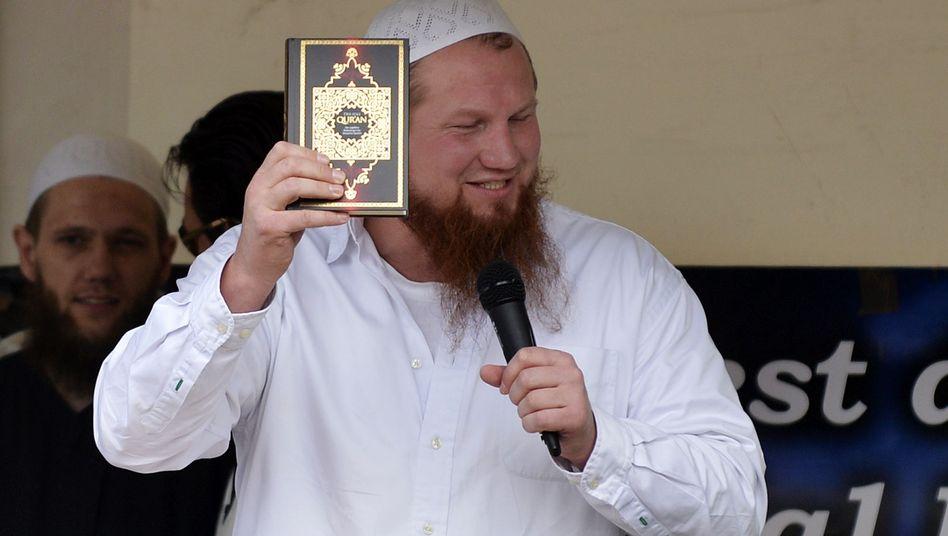 """Islamprediger Pierre Vogel in Köln: """"Kann verstehen, dass man ausflippt"""""""