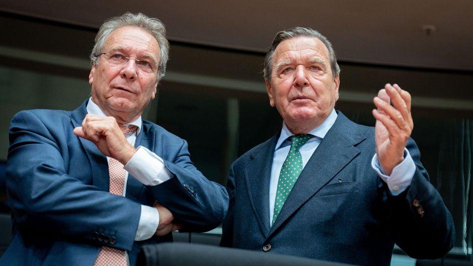 Linkenpolitiker Klaus Ernst, Altkanzler Gerhard Schröder: Bittere Erfahrungen
