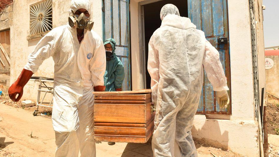»Die Situation ist eine Katastrophe. Das Gesundheitssystem ist kollabiert« – so beschreibt das tunesische Gesundheitsministerium die Lage im nordafrikanischen Land