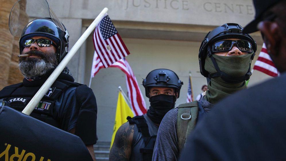"""Rechtsradikale bei Aufmarsch in Portland:""""Wir haben die Verpflichtung, unsere Gesellschaft zu schützen"""""""